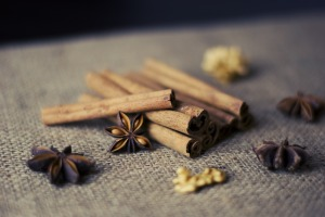 cinnamon-sticks-925626_1920